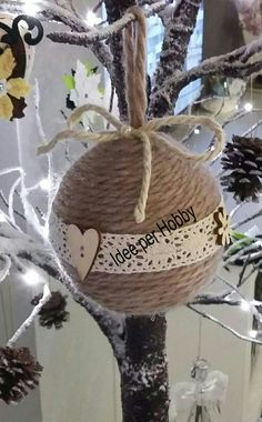 22 Charming Outdoor Christmas Tree Decorations You Must Try this Year - The Trending House Outdoor Christmas Tree Decorations, Rustic Christmas Ornaments, Diy Christmas Lights, Decorating With Christmas Lights, Christmas Fun, Christmas Bulbs, How To Make Ornaments, Homemade Christmas, Holiday Crafts