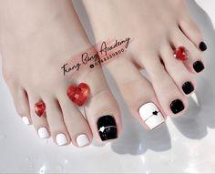 Pretty Toe Nails, Cute Toe Nails, Super Cute Nails, Toe Nail Art, J Nails, Feet Nails, Swag Nails, Feet Nail Design, Toe Nail Designs