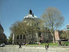 #Siddhaswarupananda near the Methodist Central Hall Westminster London