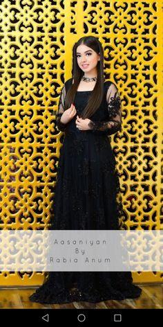 Beautiful Pakistani Dresses, Pakistani Bridal Dresses, Pakistani Outfits, Shadi Dresses, Frock Dress, Indian Wedding Outfits, Party Wear Dresses, Unique Dresses, Fashion Dresses