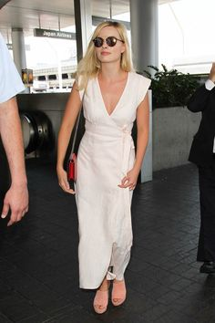 Daily Style Directory: Margot Robbie