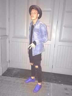 North London has turned Mesut Ozil into Bruno Mars.