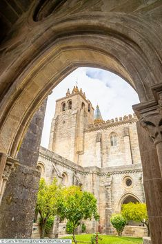 Discover the historical UNESCO city of Évora in Portugal. Wander the whitewashed lanes, climb to the rooftop of the cathedral & unearth the chapel of bones. Visit Portugal, Portugal Travel, The Cloisters, You Are The World, Cathedrals, World Heritage Sites, Barcelona Cathedral, Castles, Palace