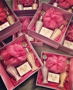 Bridal hammam party gifts There are different rumors about the annals of the wedding dress; Country Wedding Favors, Soap Wedding Favors, Wedding Welcome, Wedding Gifts, Wedding Night, Bridal Gifts, Best Bridesmaid Gifts, Bridesmaid Luncheon, Bachelorette Decorations