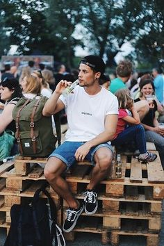 Vans Sneakers, Beyond Retro Shorts, Urban Outfitters T Shirt, Obey Cap, Herschel Bag - Men's Fashion