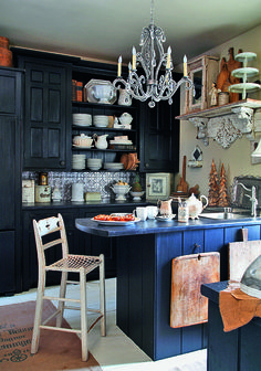 interior design home Eclectic Kitchen, Cozy Kitchen, Rustic Kitchen, Kitchen Dining, Kitchen Decor, Bohemian Kitchen, Kitchen Black, Country Kitchen, Kitchen Island