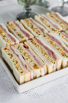 The best ham and egg sandwiches you've ever had? You be the judge. The best ham and egg sandwiches you've ever had? You be the judge. Tea Party Sandwiches, Egg Sandwiches, Cucumber Tea Sandwiches, Ham And Egg Sandwich, Ham Sandwich Recipes, Sandwich Fillings, Ham And Eggs, Snacks Für Party, Tapas