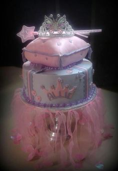 Princess Cake. love the tulle on the cake stand