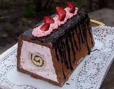 Rulade...rulade...rulade... Something Sweet, Nutella, Desserts, Diana, Food, Flowers, Tailgate Desserts, Deserts, Eten