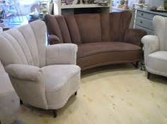 art deco furniture.....This is perfect for curling up with a book and a friend.