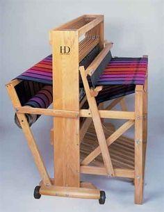 "22"" Floor Loom - Harrisville Designs"