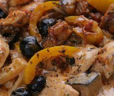 Csirkecsíkok mediterrán zöldségraguval - Stahl Healthy Food, Healthy Recipes, Meat, Chicken, Healthy Foods, Healthy Eating Recipes, Healthy Eating, Health Foods, Healthy Food Recipes