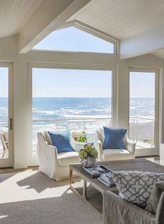 Seaside Apartment, Beachfront House, Caribbean Homes, Dream Beach Houses, Ocean House, Beach House Decor, Home Decor, Modern Beach Decor, Coastal Living Rooms