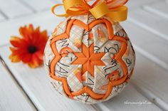 Quilted Ornament Ideas for Halloween.