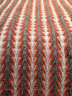 Je Vous En Prie lambswool handwoven collection sampling Really neat website - 16-shaft loom.