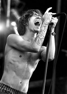 Brandon Boyd of Incubus. a.k.a. my celebrity boyfriend. (it's okay, the hubby knows)