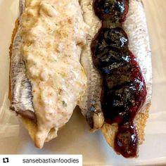 @sansebastianfoodies   Todo un clásico anchoa con mermelada de arándanos y anchoa con centolla- anchovies with blueberry jam and spydercrab   En: @bartxepetxa #oldtown#donostia#sansebastian #sansebastianfoodies #foodie#foodies#foodporn#pintxos#pinchos#tapas#anchovies#boqueron#crab#photofood#fish#bar#restaurant#delice#yum#yumm#instachef#basquecountry #photofood