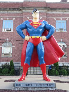 Superman! Metropolis, Illinois--Superman celebration 2nd weekend in June! Road trip 2014? :) my reason to go to illinois this summer