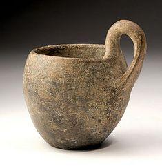 Ancient Villanovan Blackware Pottery Cup ; Antiquities  Ancient World: Greek: Pottery: Pre AD 1000: