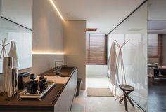 Apartamento 22 ambiente de Angélica Araújo para a Casa Cor Minas | banheiro | louças e metais para banheiro