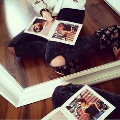 Habt ihr euch schon mal überlegt, euch euer eigenes Stylebook zu erstellen?  Packt eure coolsten Outfits und Styles alle zusammen in ein Buch. Perfekt zum Sammeln und Verschenken. Wir finden das Stylebook von @dani_nanaa supercool . @helloiamsophie_ wäre das nicht auch was für dich?