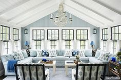 5 Take Away Tips: A Modest Cozy & Colorful House