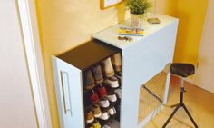 IKEA hack- Shoe storage for the hall using Billy bookcase, castors and handle - no instructions on outer casing