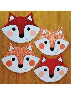 Let's Eat (That's What the Fox Says) Table Topper Pattern