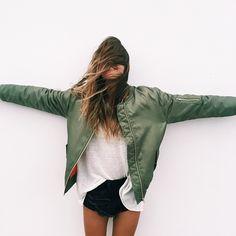 Bomber jacket de trend van het najaar