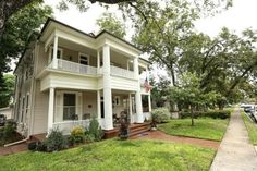Bed and Breakfast | Casey's Bed and Breakfast (San Antonio, TX) - B Reviews ...