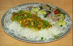 East Indian inspired, peas in a curried #mushroomsauce on a bed of #steamed #basmatirice- Free, Easy Recipes @ http://wwww.FoodCult.com - A Place for Galganov's #Recipes and More - Food Matters!