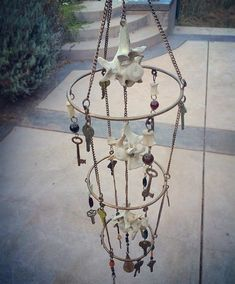 Bones and keys Magic Crafts, Crafts To Do, Arts And Crafts, Bone Crafts, Animal Bones, Weird Art, Skull And Bones, Hanging Wall Art, Leather Craft