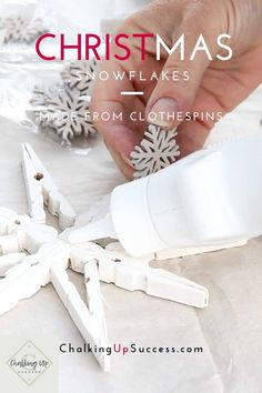 Clothespin snowflakes or stars are a quick and easy DIY Christmas craft. You can hang them on your tree as rustic homemade Christmas ornaments or personalise them to use as gift tags or place name settings. Learn how to make them and see how these are used as place settings on a beautiful Christmas tablescape! #clothespincrafts #christmascrafts #woodenclothespins Snowflake Craft, Christmas Snowflakes, Diy Christmas Ornaments, Homemade Christmas, Christmas Tablescapes, Christmas Table Decorations, Holiday Decor, Large Christmas Tree, All Things Christmas