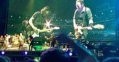 Bruce Springsteen Performs 'Atlantic City' With Eddie Vedder . Eddie Vedder, Atlantic City, Bruce Springsteen, Political News, Good Movies, Hot Guys, Singing, Film, Concert