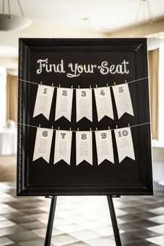Find your wedding seat, vintage style...