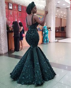 Classy Ankara Styles - Chimnaza Owning Ankara material is very easy but deciding on topnotch style to sew can be difficult atimes.For some individuals like myself, we have to browse through the internet or go … Aso Ebi Lace Styles, Lace Dress Styles, African Prom Dresses, Latest African Fashion Dresses, Ankara Fashion, African Wedding Attire, African Attire, African Traditional Wedding Dress, Traditional Weddings