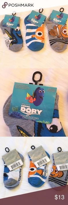 """Finding Dory Socks This is 3 pairs of NWT Disney/Pixar Finding Dory socks for little kids shoe size 4-6. They are a poly/spandex blend. These are great stocking stuffers🎄 ⚜Please see my """"reasonable offers"""" listing at the top of my page before submitting an offer⚜Thank you😊 Disney Accessories Socks & Tights"""