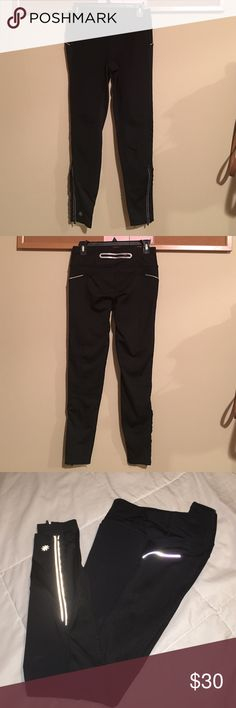 Athleta Yoga & running Tight Pants Used but still in very good condition. Athleta Pants Leggings