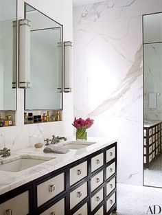 15 Ways to Incorporate Calacatta Marble into a Polished Design Scheme Photos | Architectural Digest