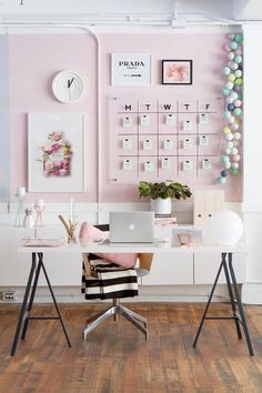 If your home office is going to be the one place where you spend most of your day, then it should be dressed appropriately, right? A home office needs to b. Pink Office Decor, Office Wall Decor, Office Walls, Diy Room Decor, Bedroom Decor, Home Decor, Bedroom Ideas, Bedroom Girls, Desk In Bedroom