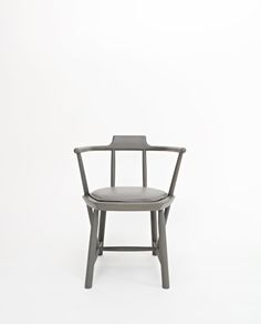 Design firm Yabu Pushelberg has released a collection entitled Heath & Oiseau for Dutch furniture maker Linteloo during this year's NYCxDESIGN. Chinese Furniture, Modern Furniture, Furniture Design, Chair Upholstery, Sofa Chair, Fur Chairs, Yabu Pushelberg, Floor Protectors For Chairs, Furniture Manufacturers