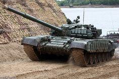 Т-72Б1 Российской армии на учениях \T-72B1 of the Russian army on maneuvers