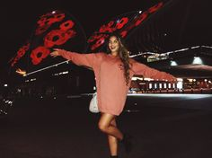 Paris Berelc, Smile Because, Face Claims, Opera House, Concert, Celebrities, Instagram Posts, Girls, Star