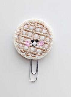 Pie Felt Paperclip | Bookmark | Paper Clip | Planner Accessories | Feltie | Planner Clip | Kawaii | Kawaii Paperclip | Felt Food