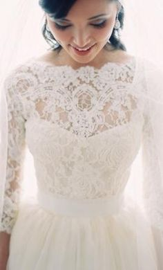 Lazaro Haute Couture: buy this dress for a fraction of the salon price on PreOwnedWeddingDresses.com