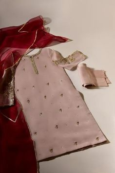 Stylish Dresses For Girls, Wedding Dresses For Girls, Party Wear Dresses, Simple Dresses, Casual Dresses, Fashion Dresses, Simple Pakistani Dresses, Pakistani Bridal Dresses, Pakistani Dress Design