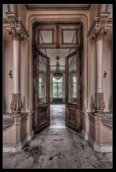 Chateau H | Flickr - Photo Sharing!