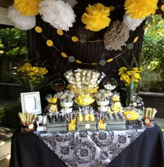 Black, Yellow and gray graduation Sweet Shoppe!