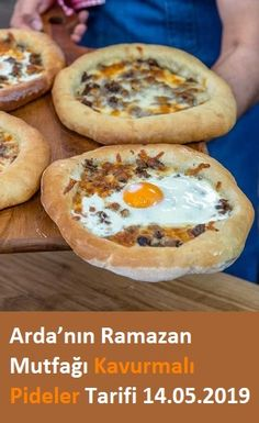 Kavurmalı Pideler Tarifi – Food for Healty Pizza, Snack Recipes, Snacks, Candy Cookies, Turkish Recipes, Hamburger, Buffet, Bakery, Brunch