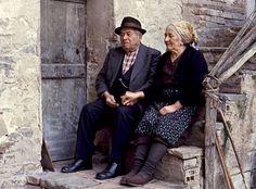 33 συγκινητικές φωτογραφίες ανθρώπων που έμειναν πίσω στο χωριό Corfu, Old Photos, Hipster, Greek Islands, Photography, Beautiful, Youth, Sweet, Decor